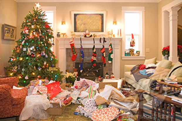 christmas-tree-with-wrapping-paper-mess1.jpg