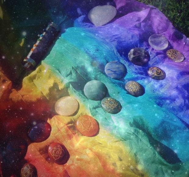 chakra-crystals-e1435859560159